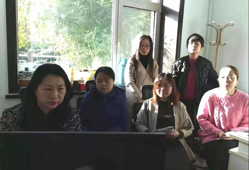 """伟大历程 辉煌成就——香河县妇联组织参观""""庆祝中华人民共和国成立70周年大型成就展""""网上展馆"""